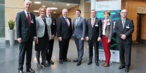 Fraunhofer Leistungszentrum für 'Digitale Vernetzung' eröffnet