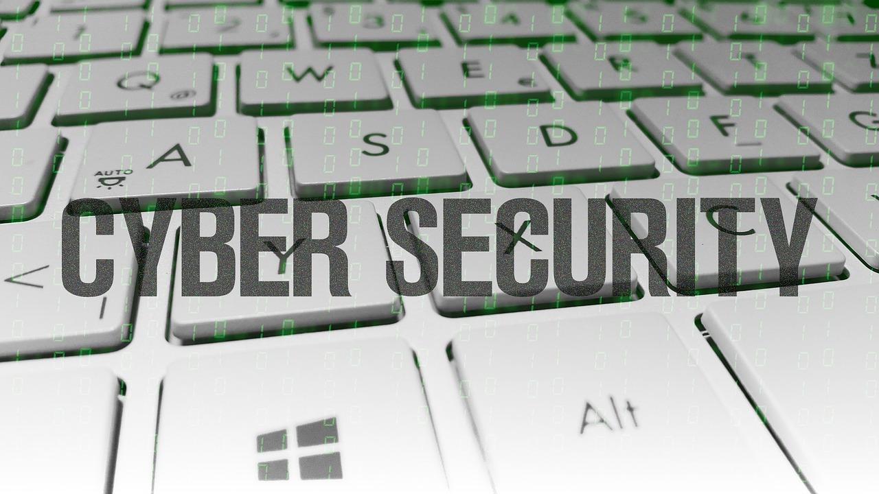 Cyberbedrohungen 76 Prozent waren Attacken ausgesetzt