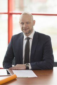 Thomas Pikkemaat ist Produktmanager Antriebstechnik bei Helukabel und kaufmännischer Betriebsleiter im Produktionswerk in Windsbach. (Bild: Helukabel/Andreas Riedel)